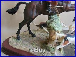 BORDER FINE ARTS FIGURE HULLOA AWAY ANNE WALL LTD ED 293/500 (Ref4364)