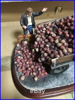 BORDER FINE ARTS Tipping Turnips TRACTOR Massey Ferguson B1037