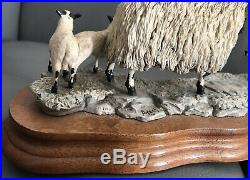 Border Fine Arts 1982 Ayres 104 Black Faced Ewe And Collie Signed & Label
