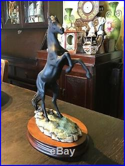Border Fine Arts 1987 Ltd Ed. Fred Stone The Black Stallion Returns. Wood Plinth