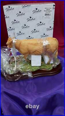 Border Fine Arts A9776 Blonde DAquitaine Cow & Calf