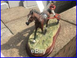 Border Fine Arts Classic Collection the Trotter BO836. Stunning With COA