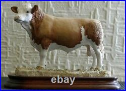 Border Fine Arts Simmental Bull model number L102 Ray Ayres 1991 Ltd Edition