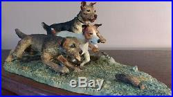Border Fine Arts'Terrier Race' Model No B0242