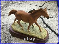 Border fine arts Thoroughbred mare and foal model 122 stunning perfect condition