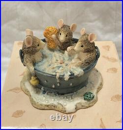 Brambly Hedge Border Fine Arts Rare Babies in the Bath BH73
