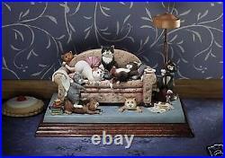 Comic & Curious Cats / Linda Jane Smith Figurine Catastrophe Limted Edition