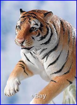 NEW Rare Border Fine Arts Classic Siberian Tiger B0988 By David Mayer