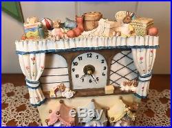 RARE Vintage Brambly Hedge Border Fine Arts Poppys Babies Clock